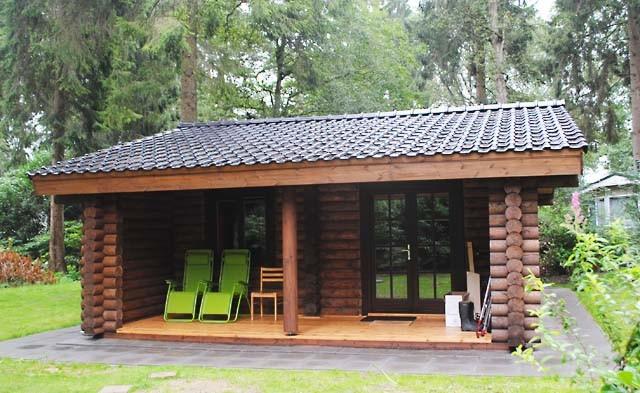 olandese casa in legno fatta di tronchi secchi 52 m2