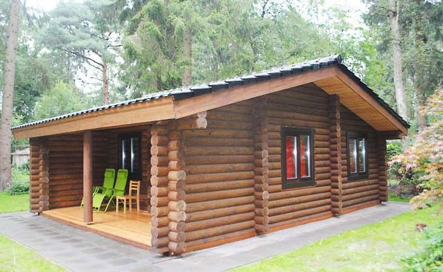 Casa di legno lamellare 157 m2 for Grandi piani di casa di tronchi