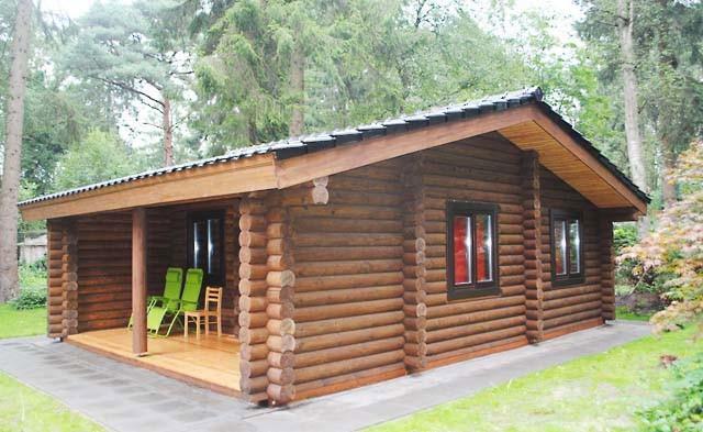 Casa olandese in legno fatta di tronchi secchi 52 m2 for Piani casa in vendita con il costo per costruire