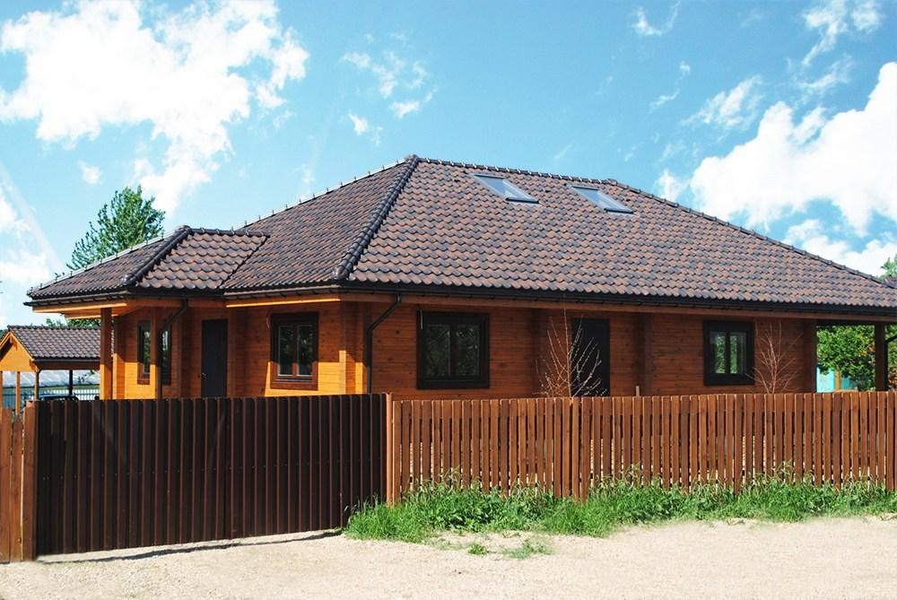 Casa In Legno Profilato A Due Livelli, 179 M2