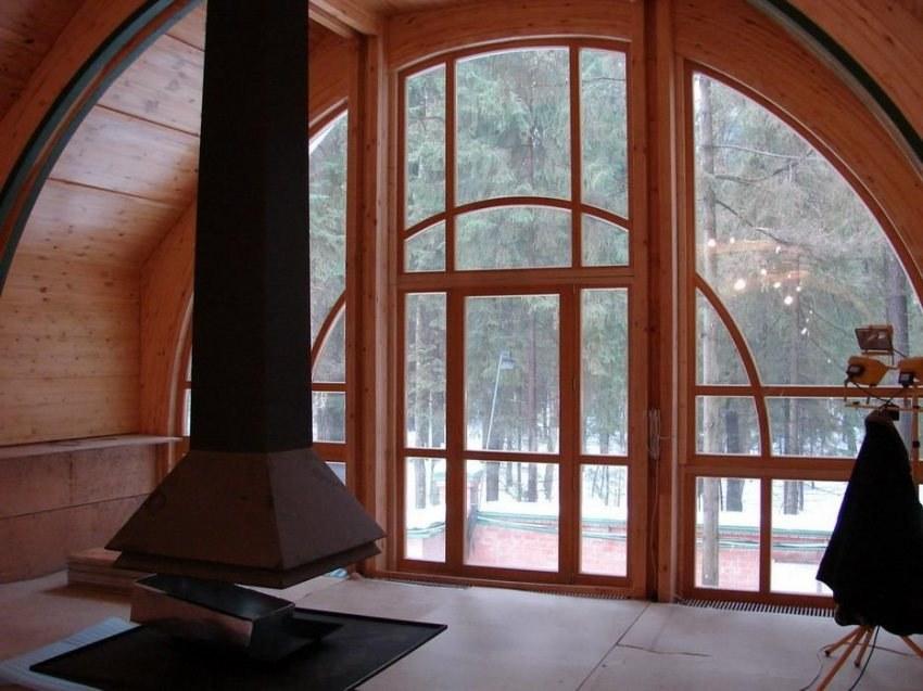 Costruzione di una bellissima casa in legno con abbaino for Case in legno polonia